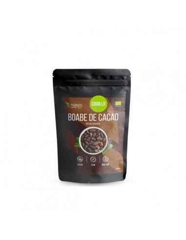 BOABE DE CACAO INTREGI ECOLOGICE (BIO) 250GR - Niavis Boabele de cacao sunt pretuite inca din antichitate datorita proprietatilo